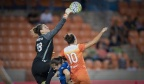 Reign rally to dash Houston in season finale