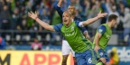 Slow start, crazy finish as Sounders rally for 3-3 draw against Revs