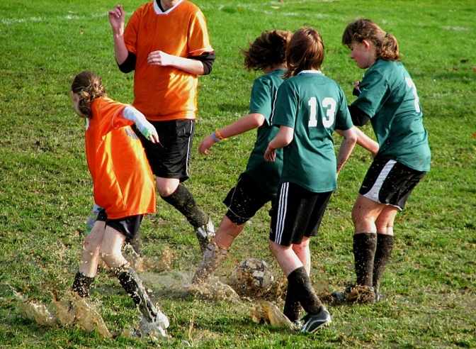 pppSea_Times_Mud_soccer