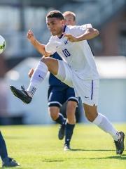 University of Washington men's soccer team defeats Pennsylvania 3-1 at Husky Soccer Stadium on September 14, 2014. (Photo by Wilson Tsoi)