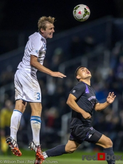 Washington men's soccer hosts UCLA Bruins at Husky Soccer Stadium on October 23, 2014